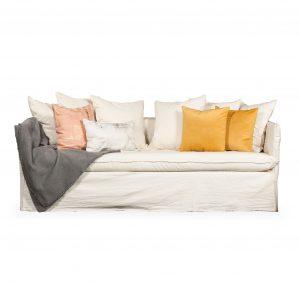 sofa ghost tusor